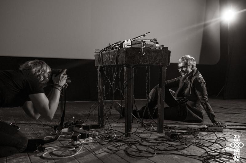 Shooting portrait photo of Mia Zabelka